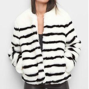 Gap Women's Stripe Oversized Faux-Fur Coat